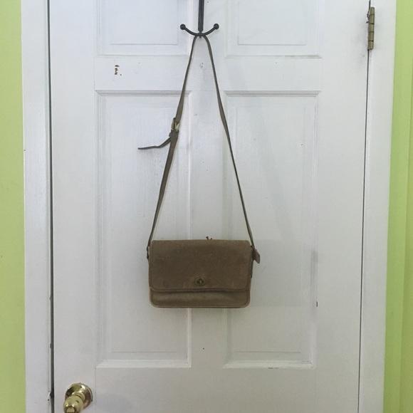Coach Handbags - Vintage Tan Leather Coach Crossbody Bag